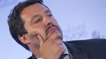 "Photo of Trattative governo, Salvini: ""Pd e M5S non dureranno"""