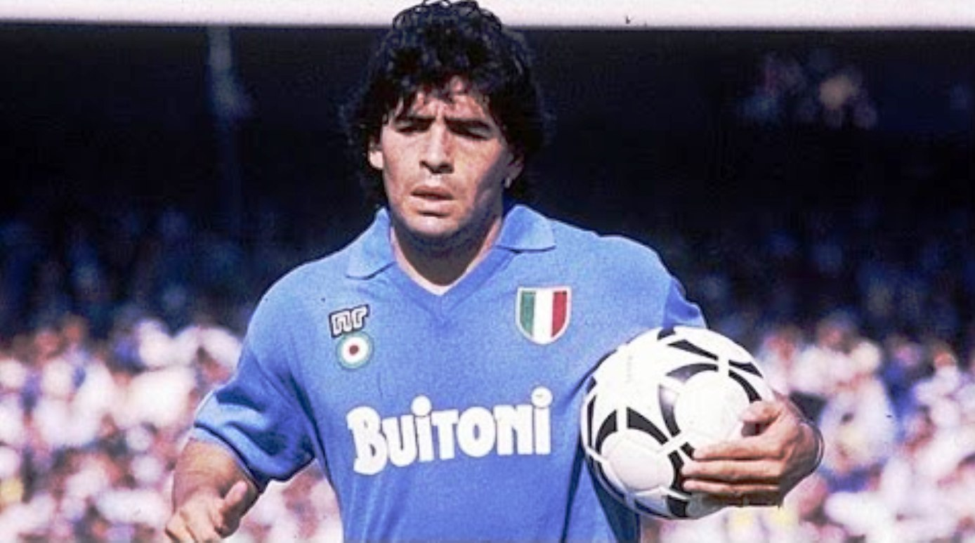 Photo of Tanti auguri Diego Armando Maradona