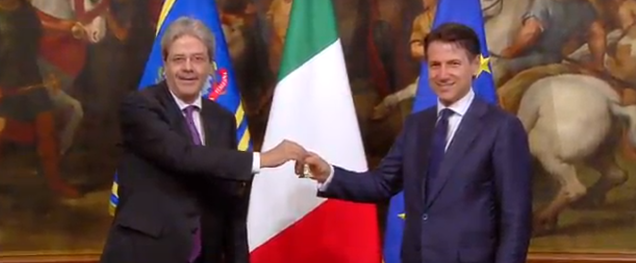Photo of Governo Conte, la cerimonia di consegna della campanella – VIDEO