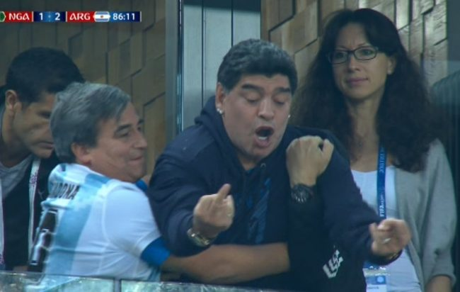 "Photo of ""Maradona è morto"", la risposta di Diego alla fake news: ""Portatemi chi l'ha diffusa"""