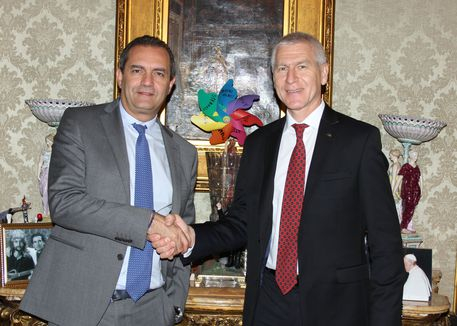 Photo of Universiadi, il presidente Fisu incontra il sindaco De Magistris