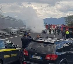 incidente-a3-auto-fiamme