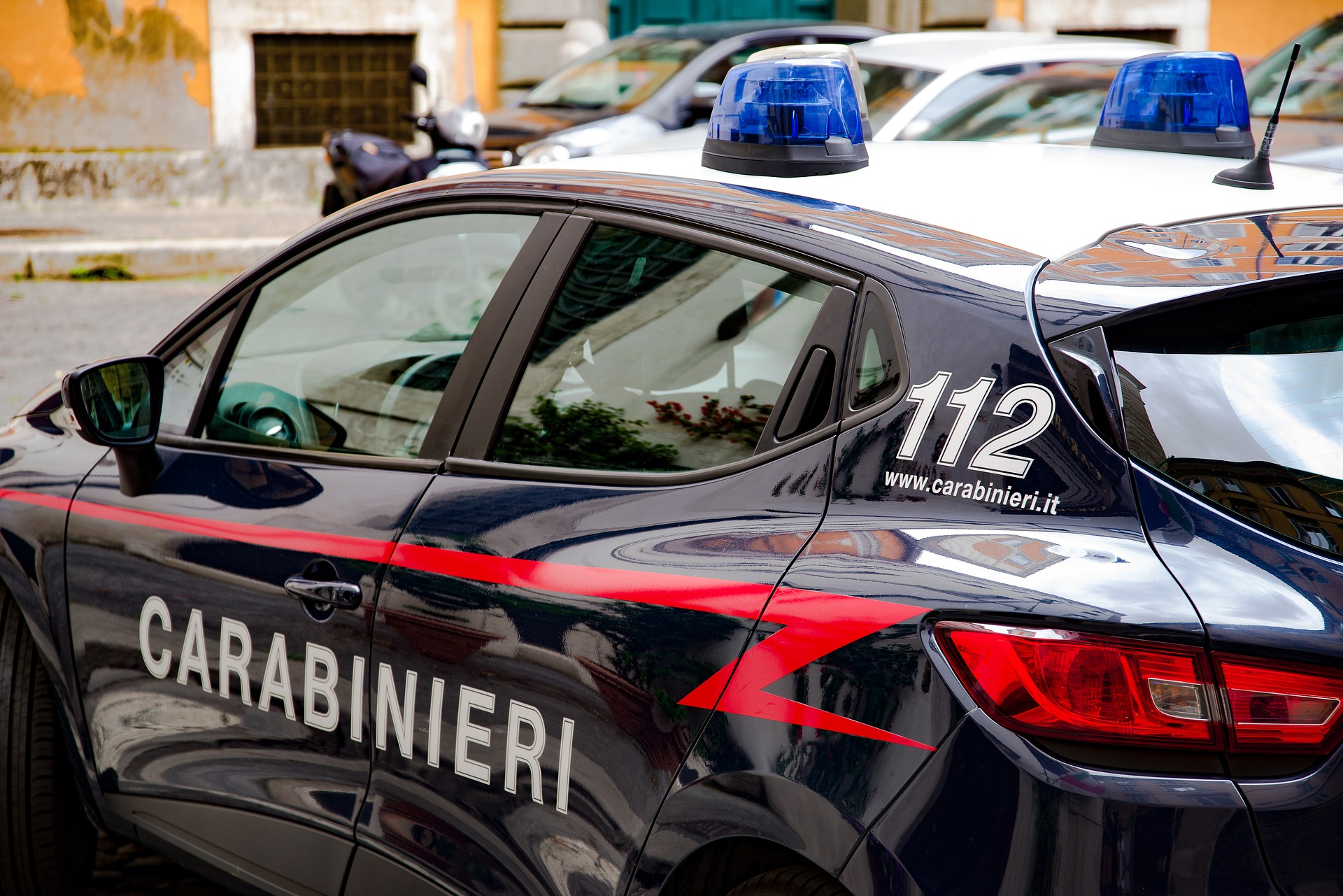 Photo of Castellammare di Stabia, rapina a mano armata in una tabaccheria: arrestato 49enne