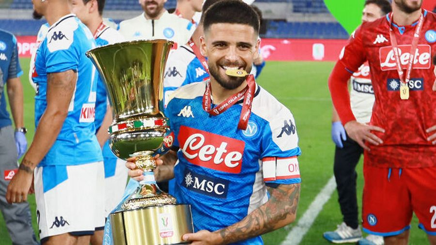 Photo of Motorino rubato durante la festa per la Coppa Italia, Insigne regala uno scooter a Salvatore