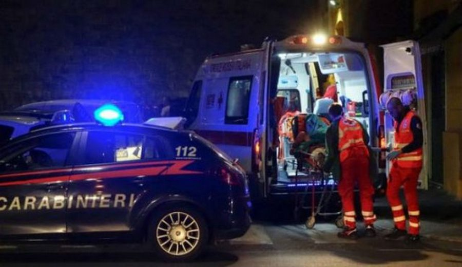 Photo of Napoli, incidente all'alba: uomo muore investito da un'auto